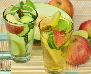 drink-fruit-1554603_1280.jpg